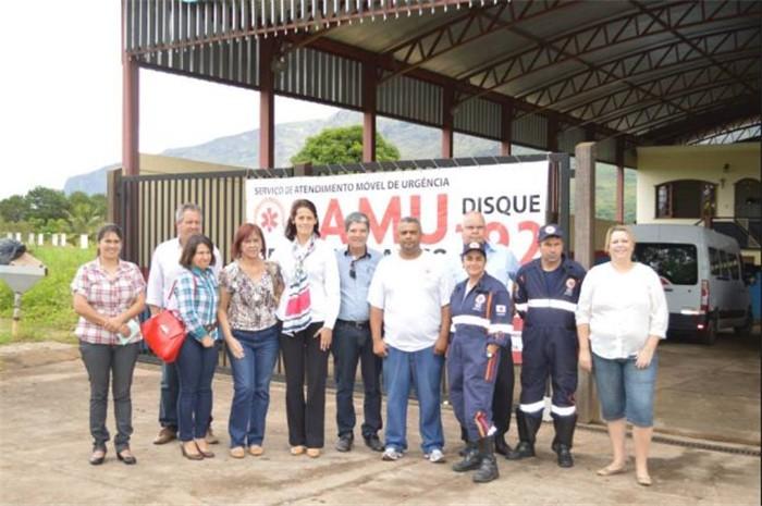 Prefeita Cida Campos e Zelinho visitam o SAMU