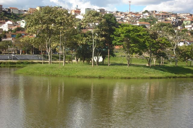 Lago Artificial - Machado/MG